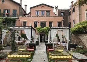 Il giardino di Excess Venice Cristiana Pedrali