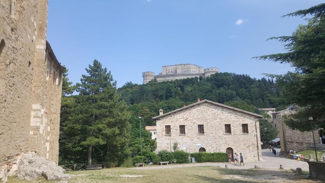 cattedrale san leo